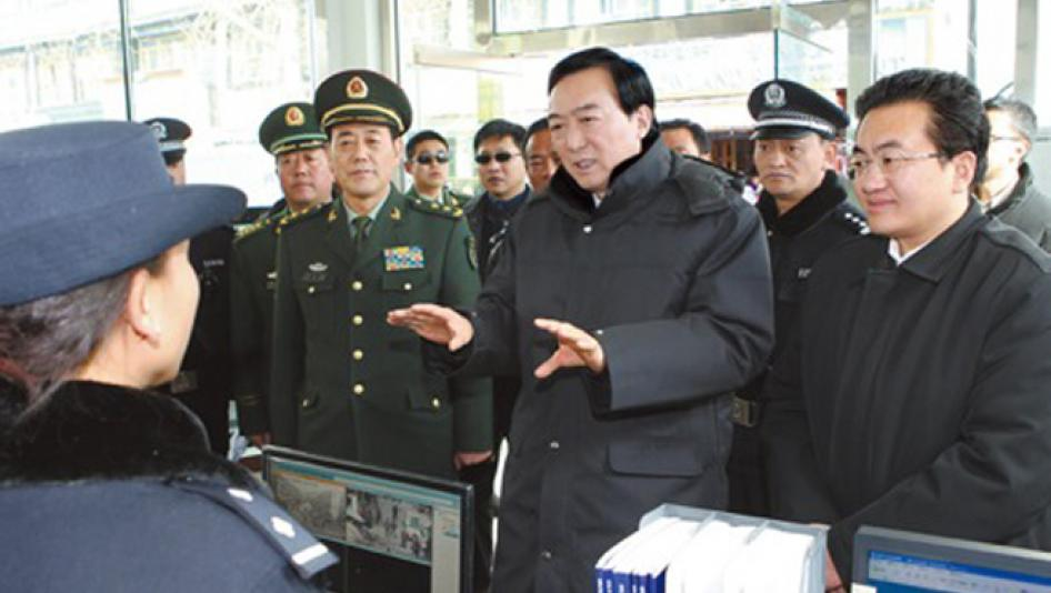 Chen Quanguo visits police post in Lhasa